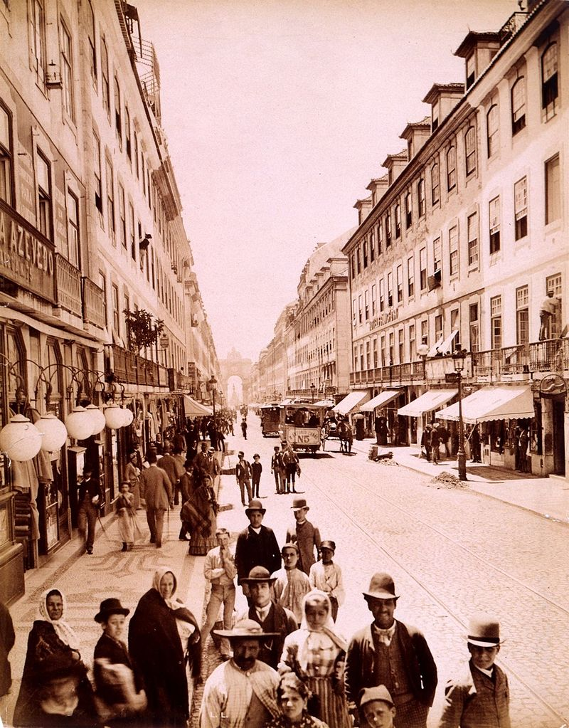 Rua Augusta, Lisbon, at about the time, 1905 or so, that Felix was heading towards the bullring